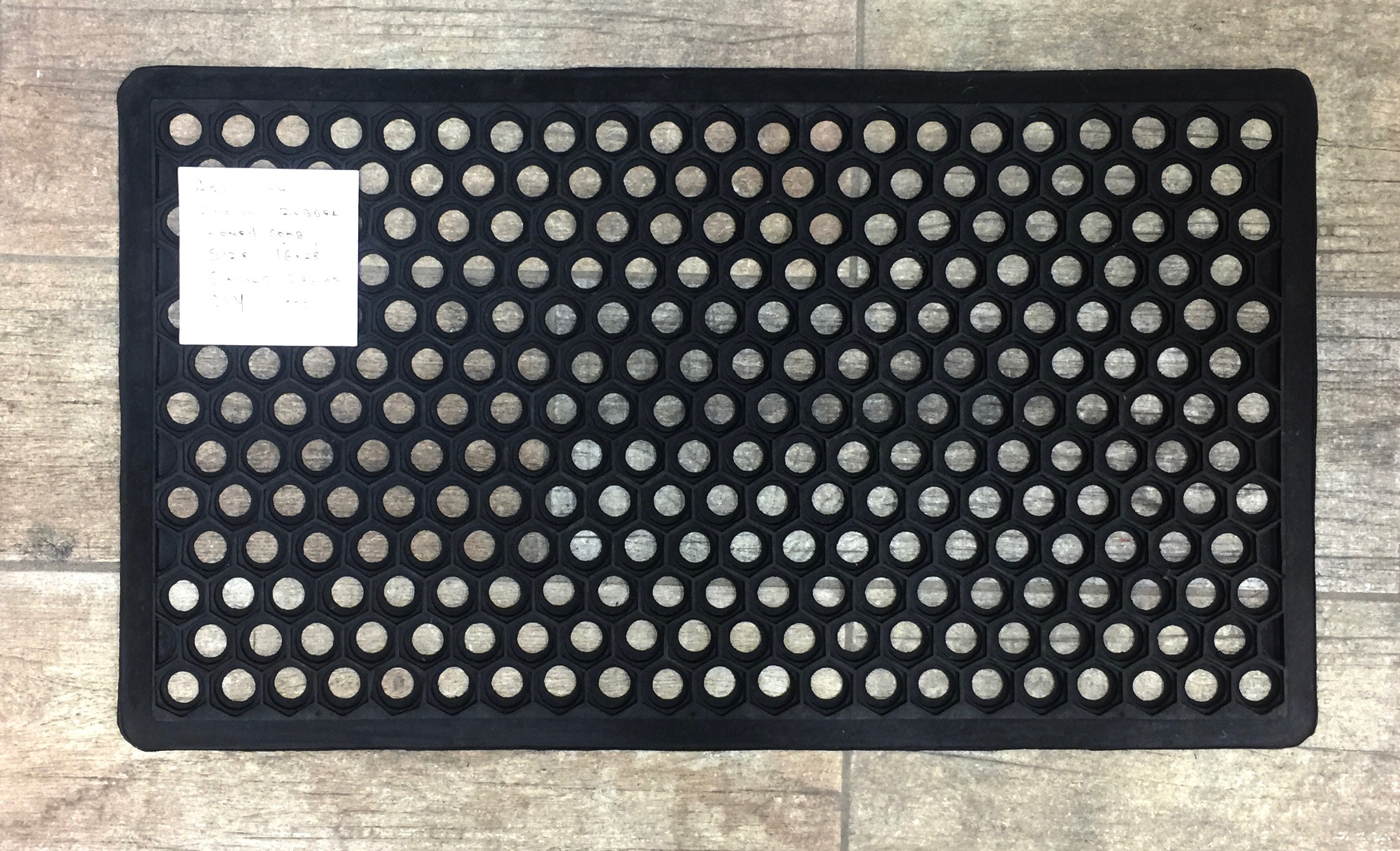 Rubber Honey Comb Mat 22x34